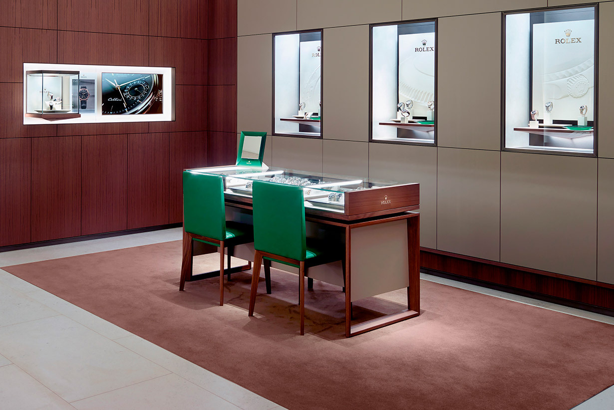 Goldfinger Jewelry in St Martin, Rolex official retailer